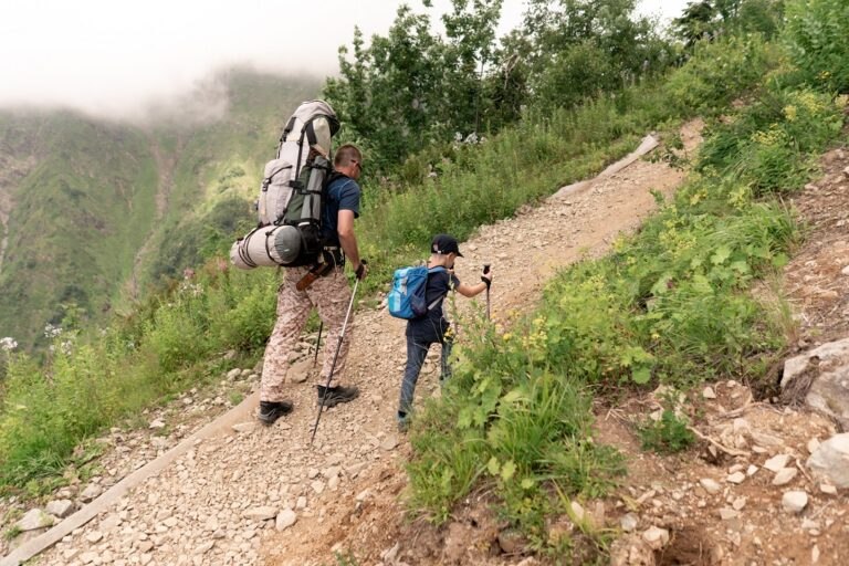 como empezar a salir con los niños a la montaña