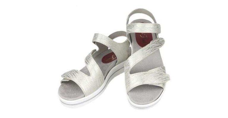 Nuestro catálogo de sandalias para andar mujer