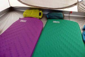 ¿Cómo elegir tu colchón de senderismo?